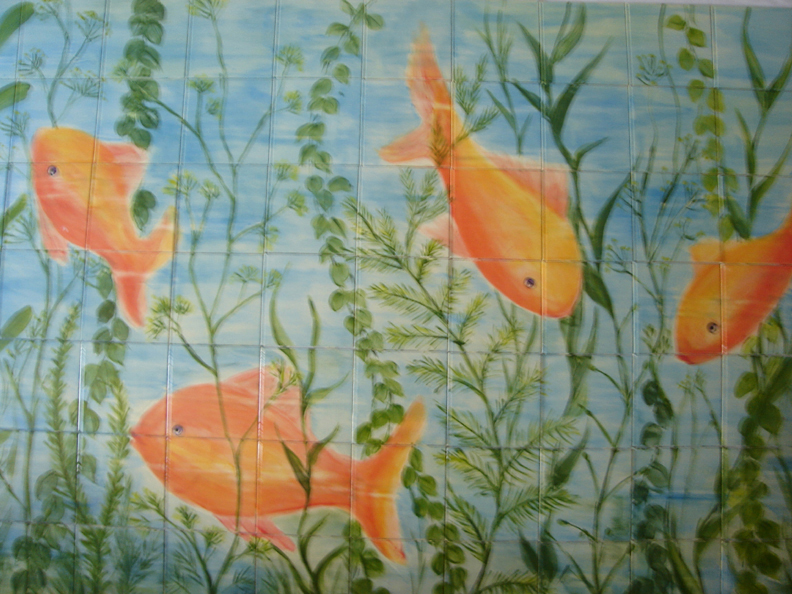 Painting-on-tiles-aquarium-+-web